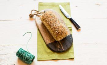 Pão de Forma Caseiro com crosta de Aveia e semente de Girassol
